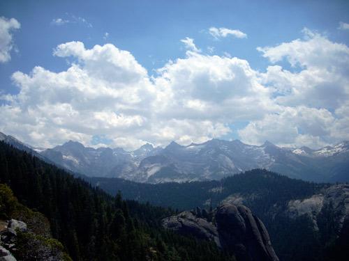 sequoia_mtns