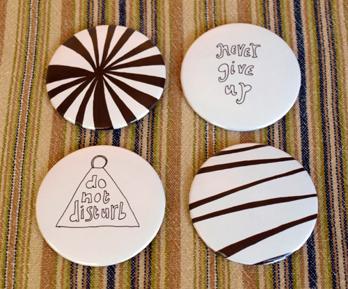 quitbuttons_blog_week6_set1